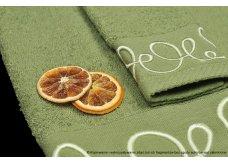 odcienie oliwki oraz zieleni